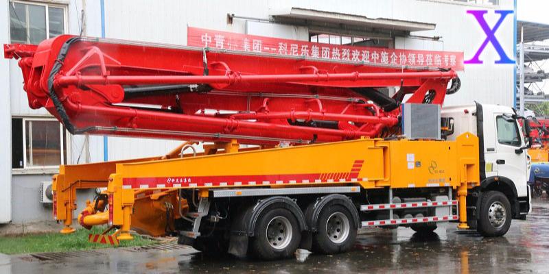 科尼乐小型混凝土泵车管道操作规范知多少