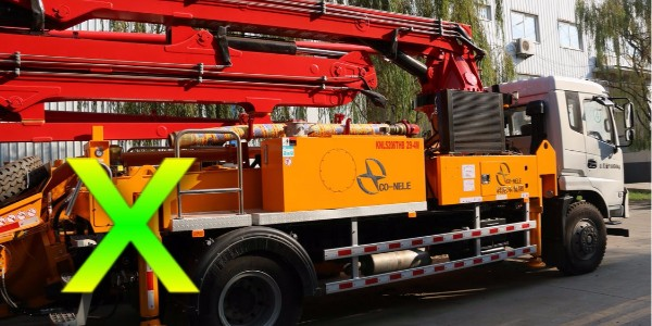 小型混凝土泵车为什么会产生侧翻,应当及早预防——科尼乐