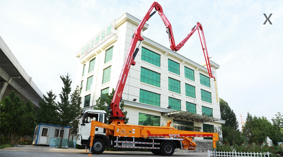 重汽T5G 37米混凝土泵车
