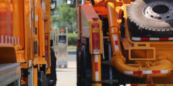 混凝土泵车侧翻事故预防措施