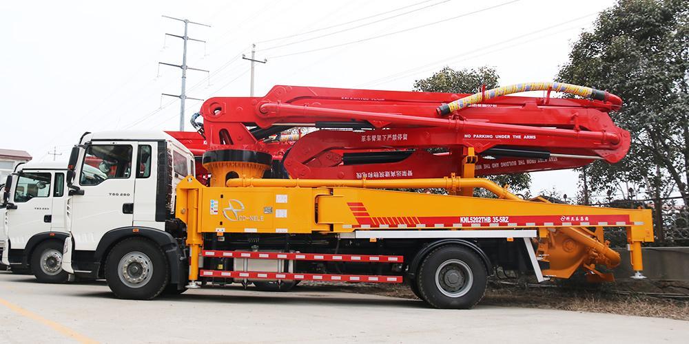 科尼乐 重汽T5G35米 混凝土泵车