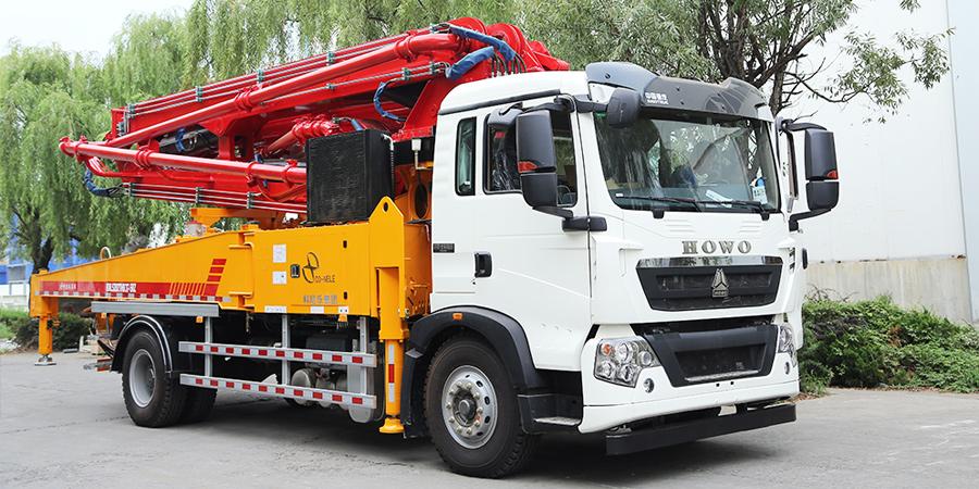 科尼乐 重汽豪沃35米 混凝土泵车