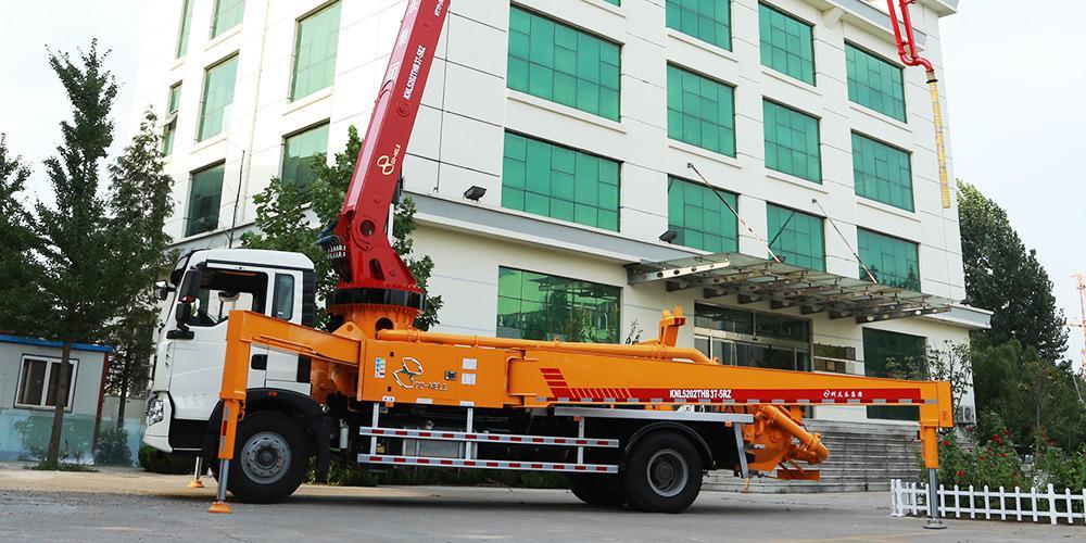 科尼乐 重汽T5G 37米 混凝土泵车