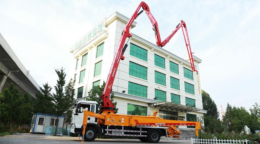 科尼乐重汽T5G 37米 混凝土泵车