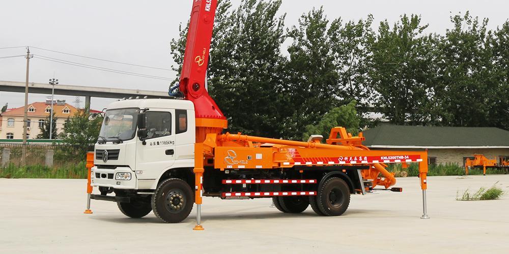 科尼乐 东风随专35米 混凝土泵车