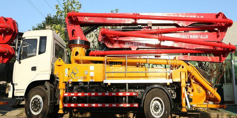科尼乐陪您去了解小型混凝土泵车的操作要点