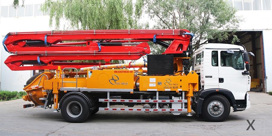 重汽T5G30米混凝土泵车