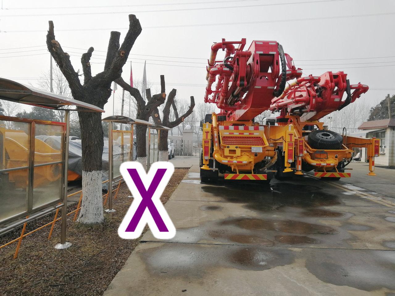 青岛小型混凝土泵车价格 (42)