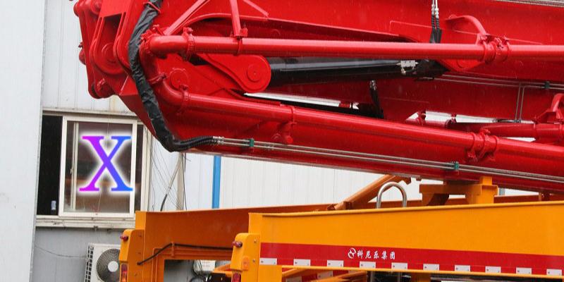 科尼乐小型混凝土泵车施工时常见故障解析