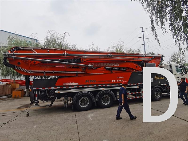 青岛混凝土泵车价格 (1)