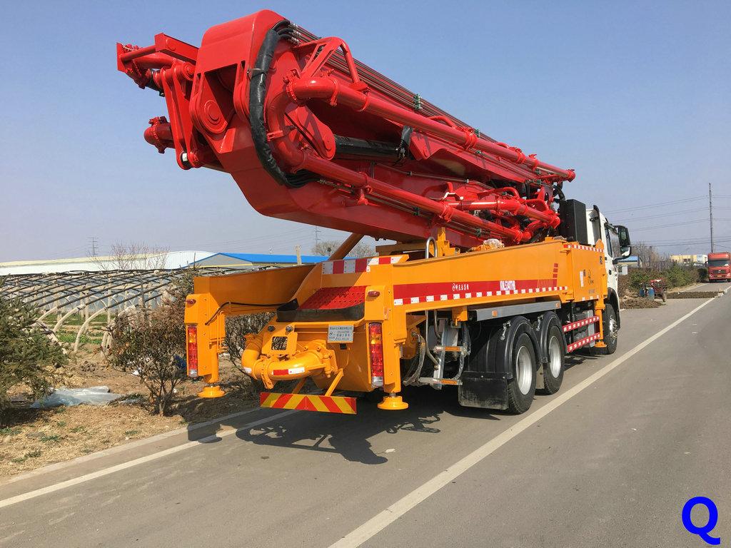 科尼乐小型混凝土泵车,天泵,小型泵车