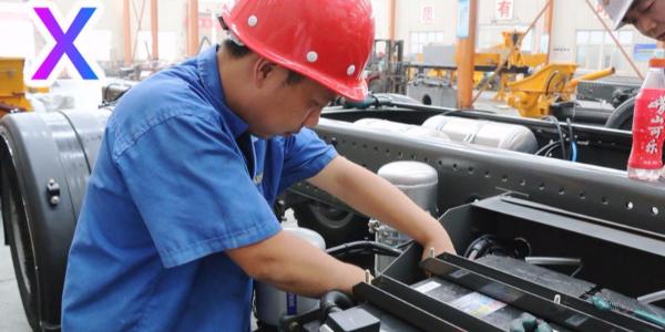 小型混凝土泵车施工时对周围环境的要求有哪些?(一)——科尼乐