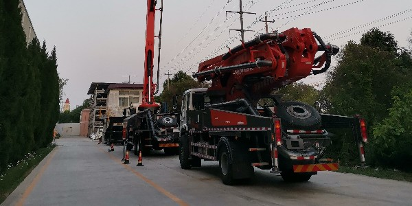 减少混凝土输送泵堵泵的预防措施