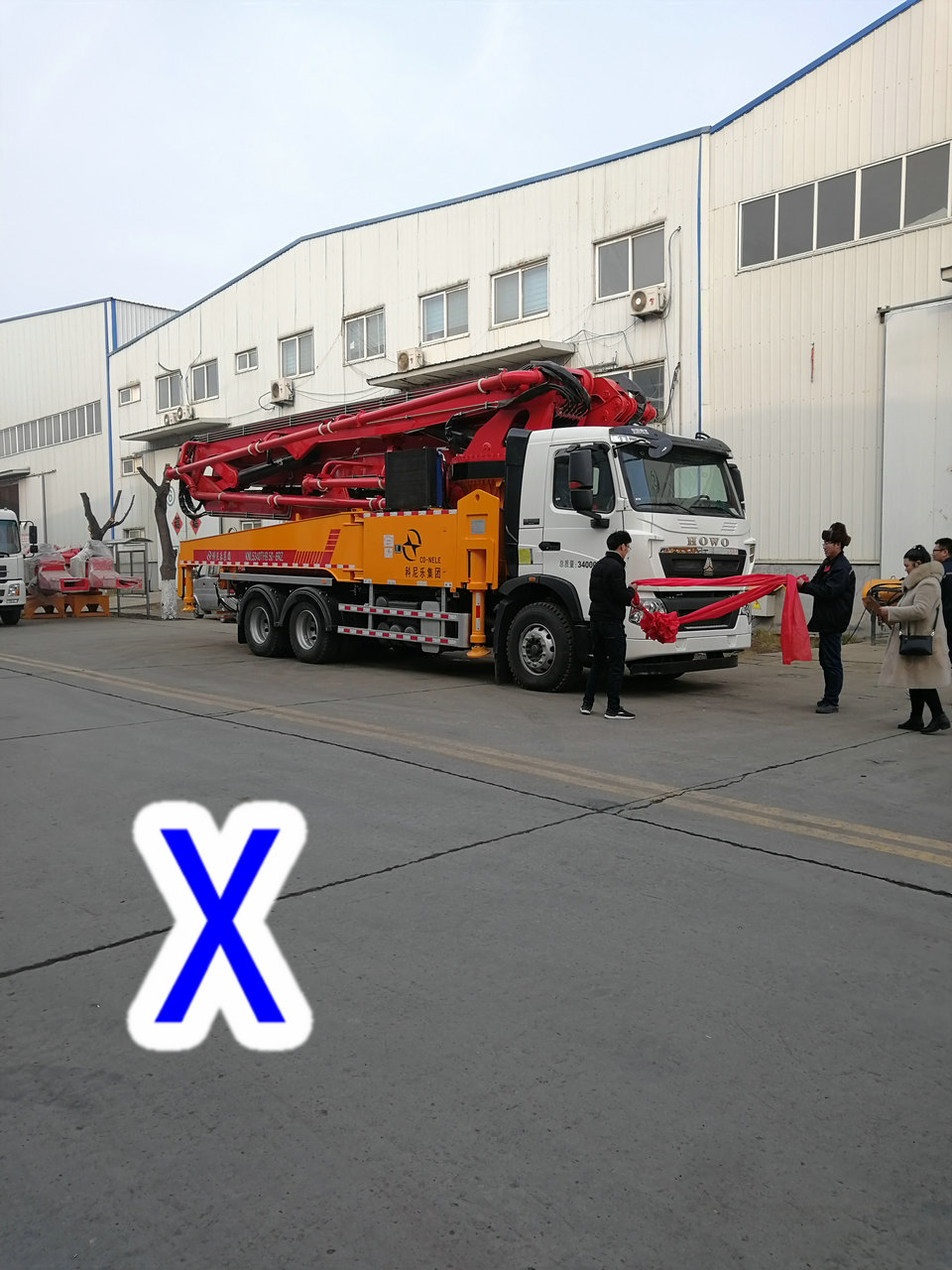 青岛小型混凝土泵车价格 (51)