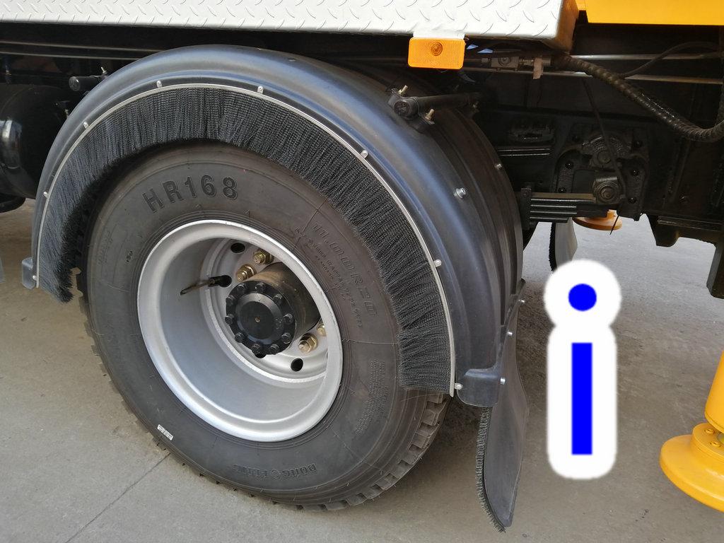 青岛小型混凝土泵车价格 (22)