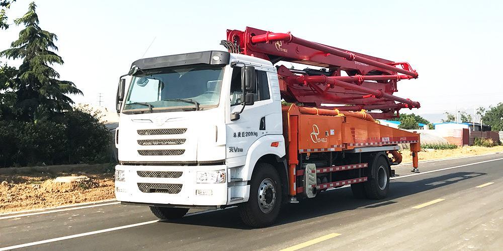 科尼乐 一汽解放33米 混凝土泵车