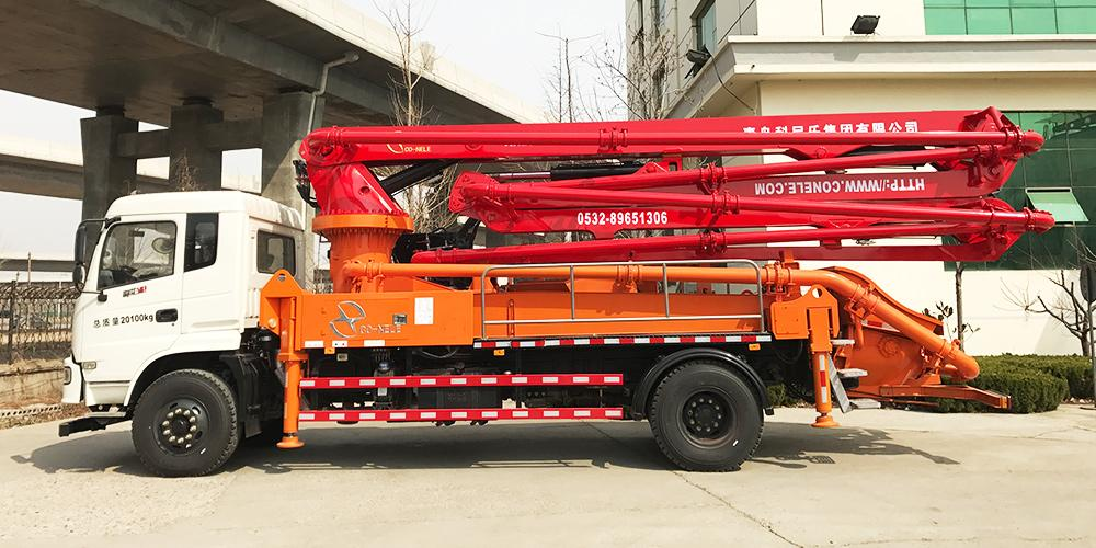 科尼乐 东风神宇30米 混凝土泵车