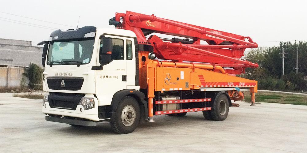 科尼乐 重汽T5G 33米 混凝土泵车