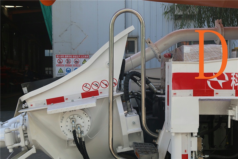 青岛混凝土泵车价格 (8)
