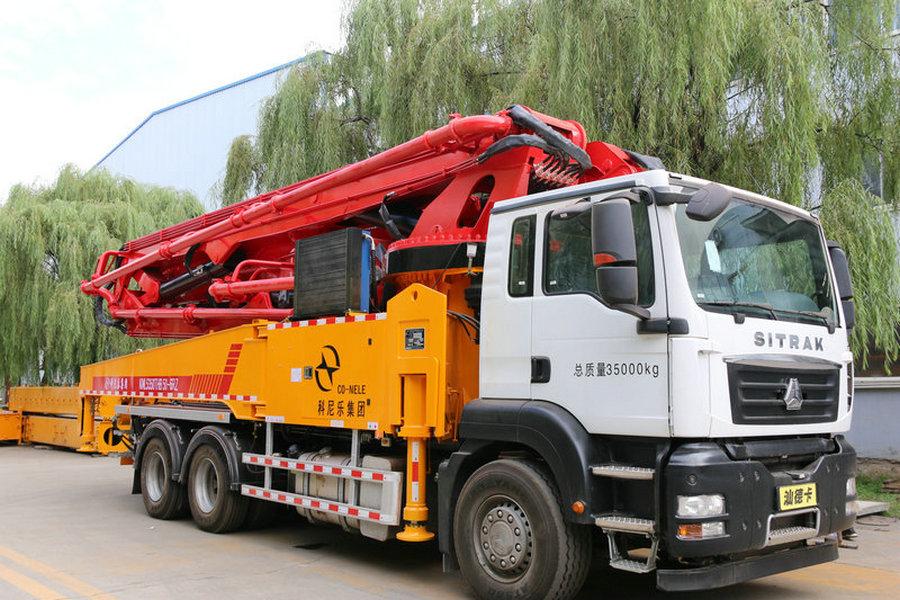 科尼乐  重汽47/50米  混凝土泵车